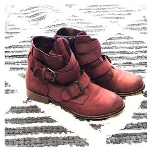 Steve Madden Teritory Boots